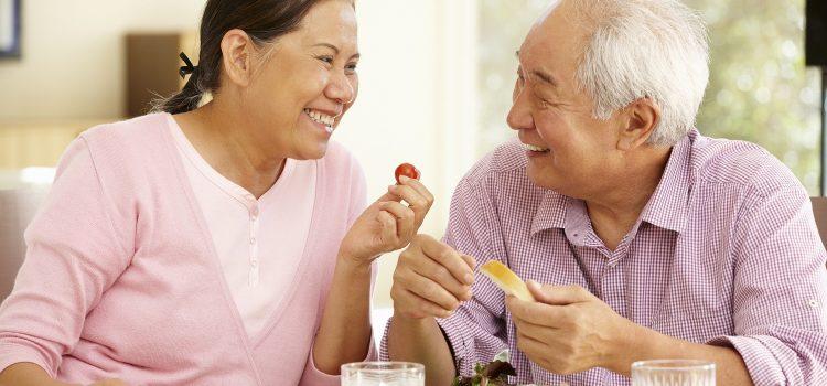 Người bệnh tai biến mạch máu não ăn uống như thế nào là hợp lý?