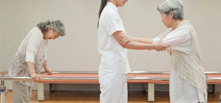 Cách tập phục hồi chức năng cho người bị tai biến mạch máu não