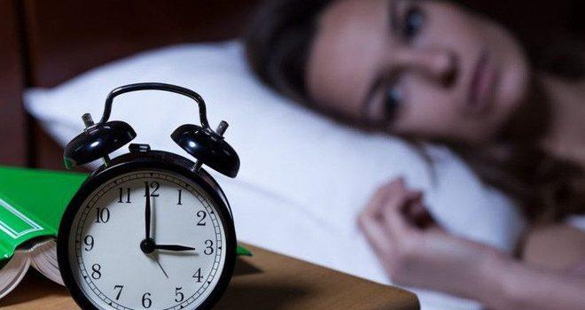 Cảnh báo: Người huyết áp cao bị mất ngủ kéo dài có thể dẫn tới đột quỵ