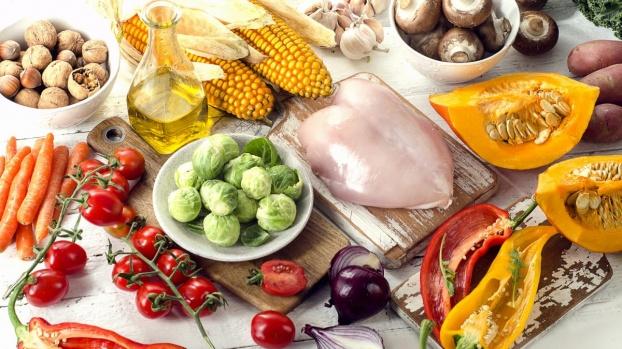 Chế độ dinh dưỡng phù hợp cho người bị xuất huyết não