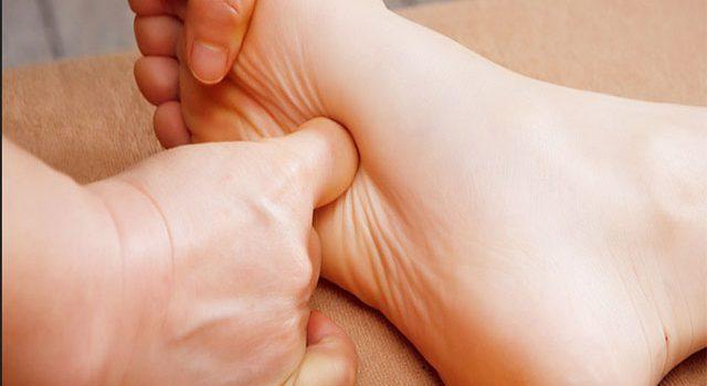 Những lưu ý khi sử dụng phương pháp bấm huyệt chữa tai biến