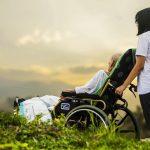 5 dấu hiệu nhận biết bệnh teo não ở người già