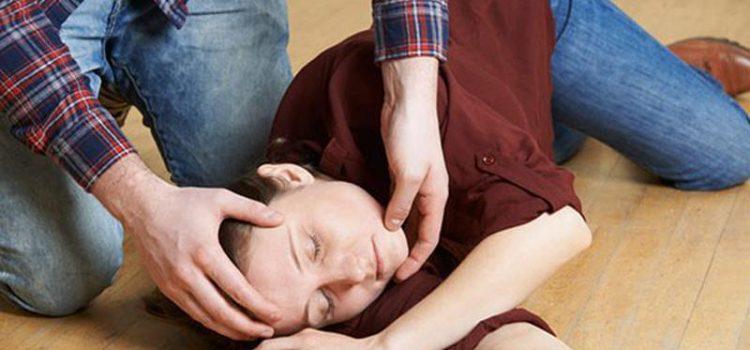 Sơ cứu kịp thời cho người đột quỵ
